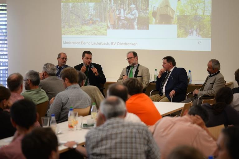 Steigerwald-Zentrum_Talkrunde_Bezirksversammlung_Bund-Deutscher-Forstleute
