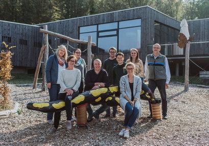 Gruppenfoto des Team des Steigerwald-Zentrums